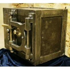 Антикварный сейф Mosler jewellers safe, 1890-1900года