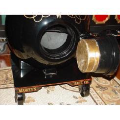 Антикварный Сейф Marvin Safe Company в виде пушечного ядра Chrome Iron Spherical Mini-Cannonball Safe (приблизительно 1865год)
