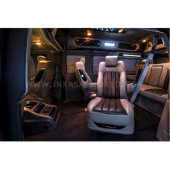 Броньований автомобіль GMC SAVANA