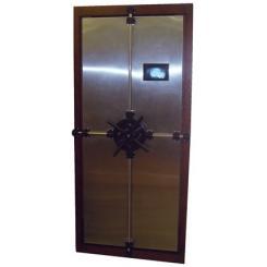 Пулинепробивная дверь в тайную комнату в виде встроенного книжного шкафа