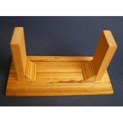Деревянный ящик с кодовым замком