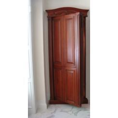 Дверь в хранилище в виде встроенного шкафа