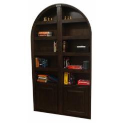 Встроенный в стену двойной книжный шкаф в виде тайной двери в хранилище с электромагнитным замком