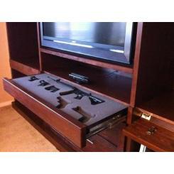 Сейф-тайник для хранения оружия в мебели